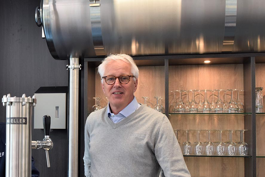 Willem Heddema Serving Beer Tank Sales Manager